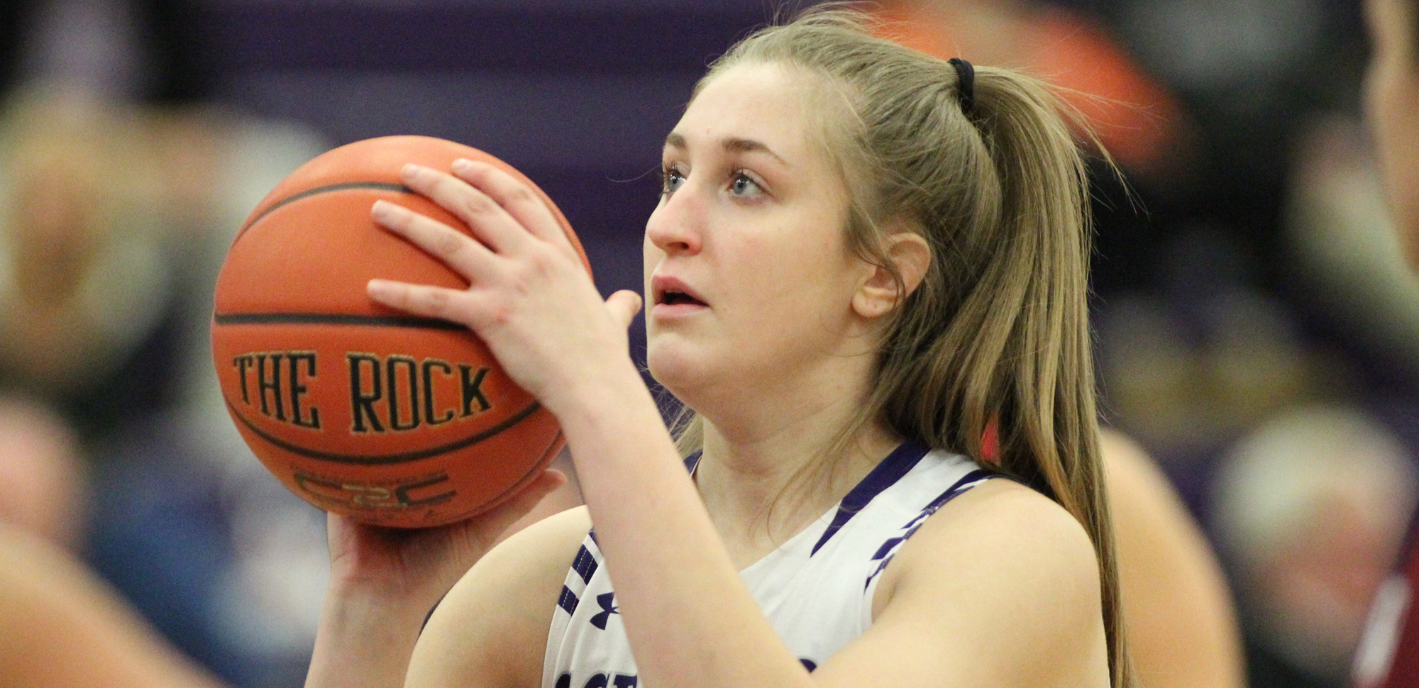 Freshman Emily Shurina scored a game-high 16 points on 5-of-6 shooting from the floor in Scranton's 72-51 win at Moravian on Wednesday night. © Photo by Timothy R. Dougherty / doubleeaglephotography.com