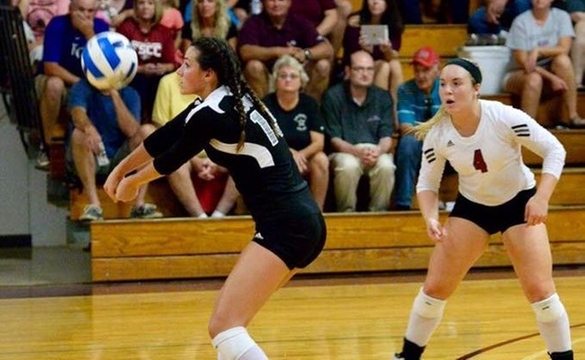 Greyhound Volleyball Picks Up 3-0 Sweep Over Labette
