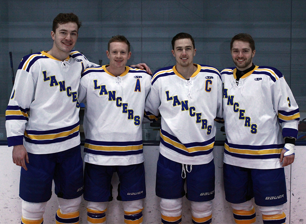 Ice Hockey Out Skates Fitchburg State on Senior Night