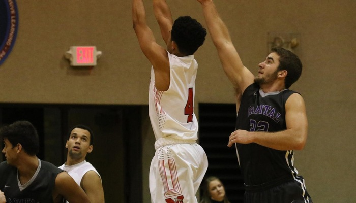 Men's basketball slips at Marietta