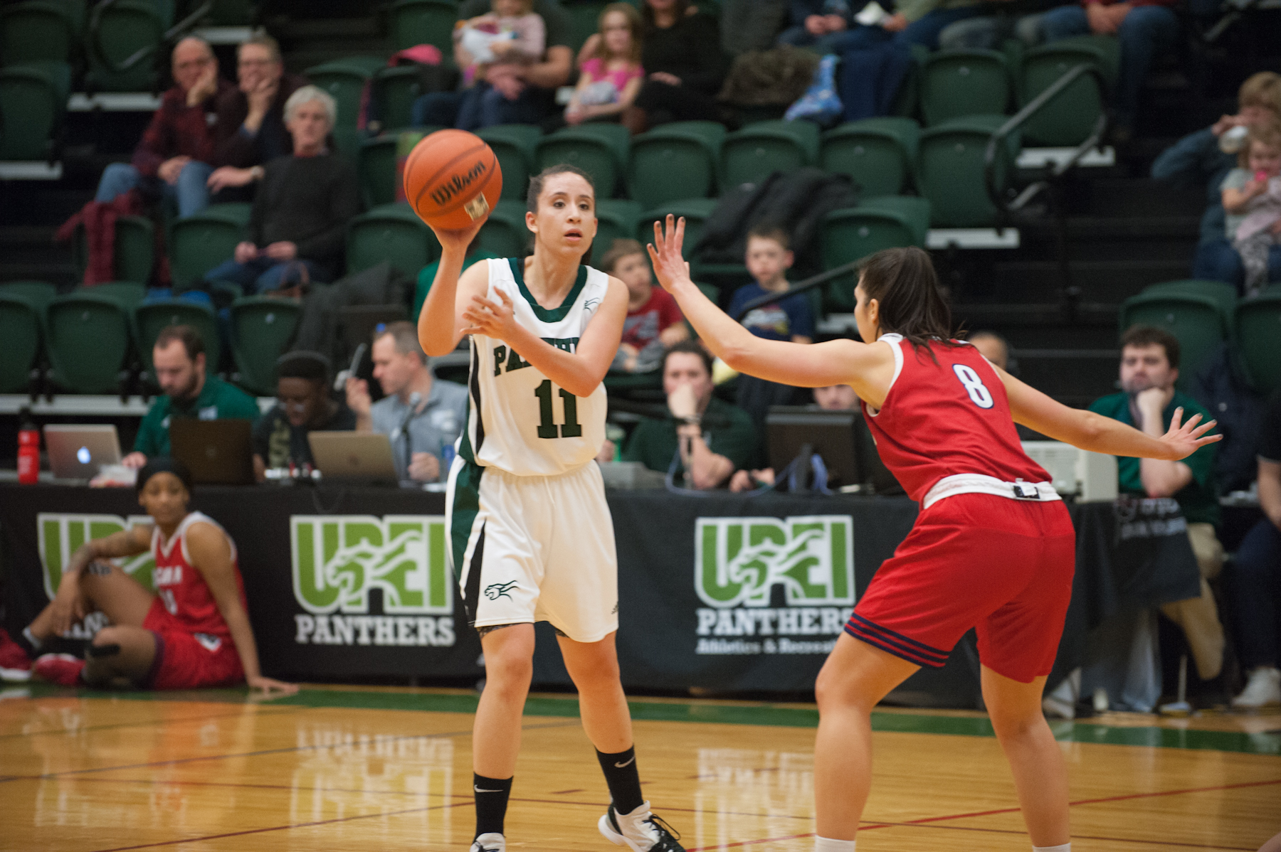 Healthy Panthers handle Axewomen 79-60