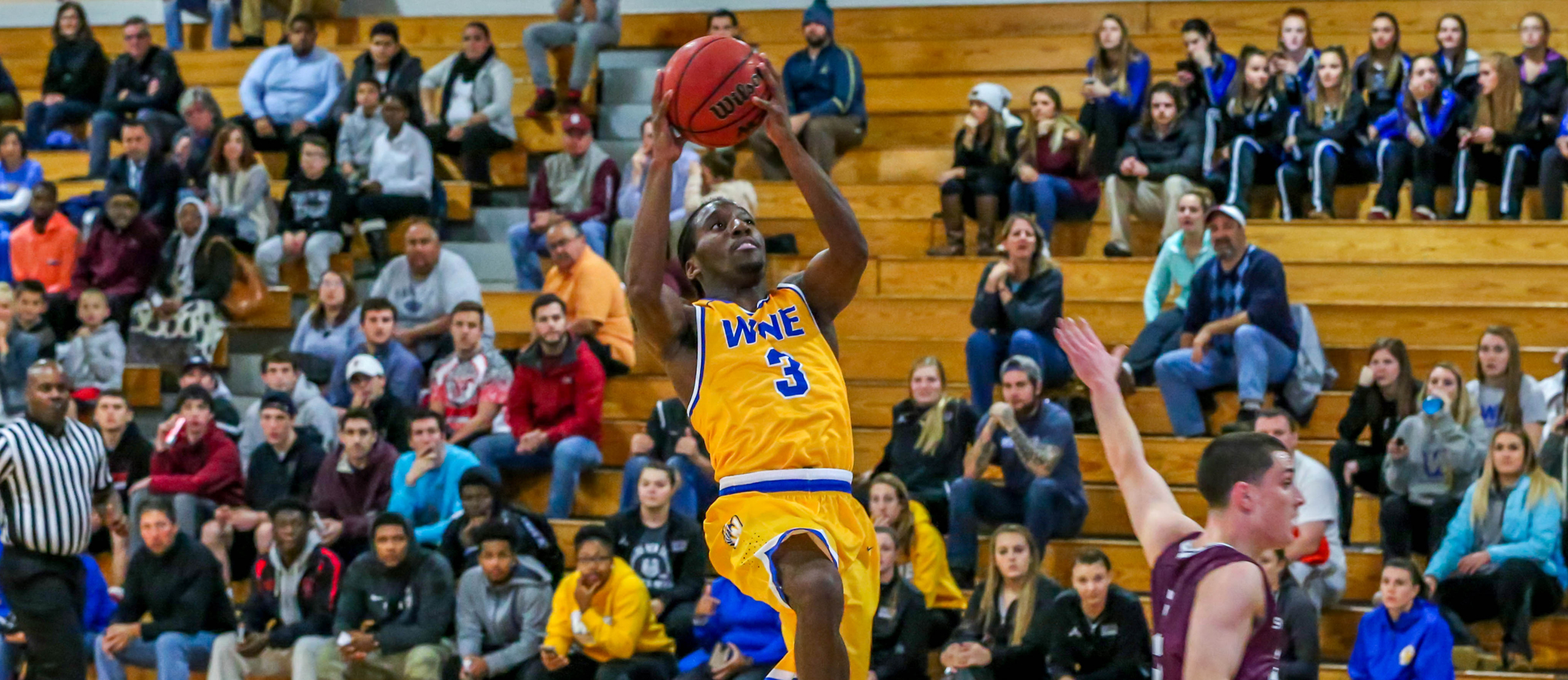 Golden Bears Fall to Salve Regina in CCC Opener, 80-69