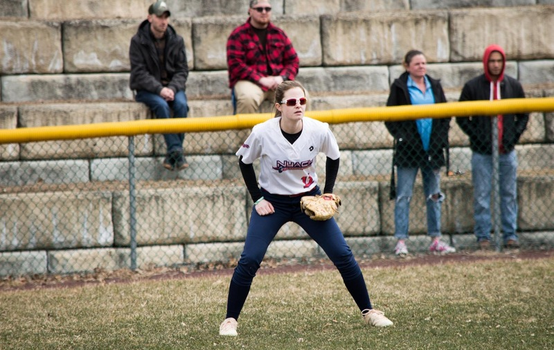 Softball Splits with Concordia Clippers