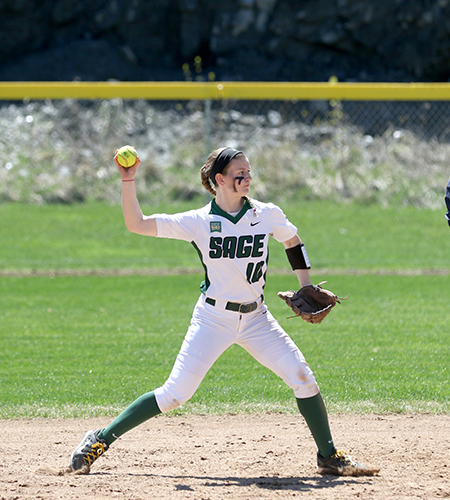 Alexa Silk honored as Empire 8 Softball Player of the Week