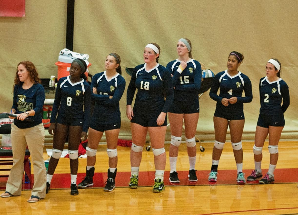 Volleyball Returns to Regan, Opens Homestand with Plymouth State, Salem State