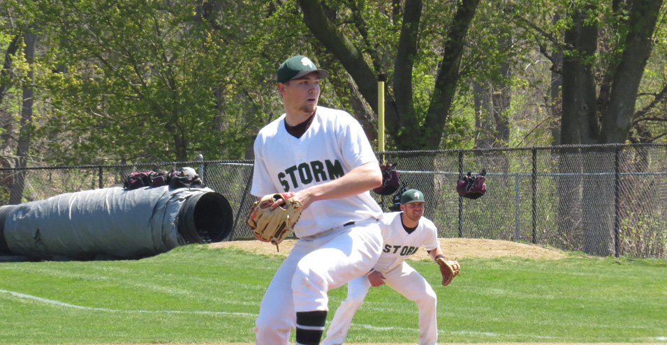 Storm Splits Doubleheader With Thorobreds