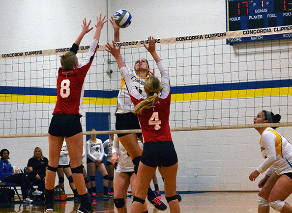 Lady Clippers Volleyball Shuts Out Nyack in CACC Match, 3-0