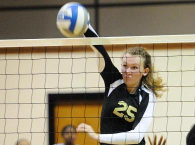 Volleyball Squad Surges Into Postseason