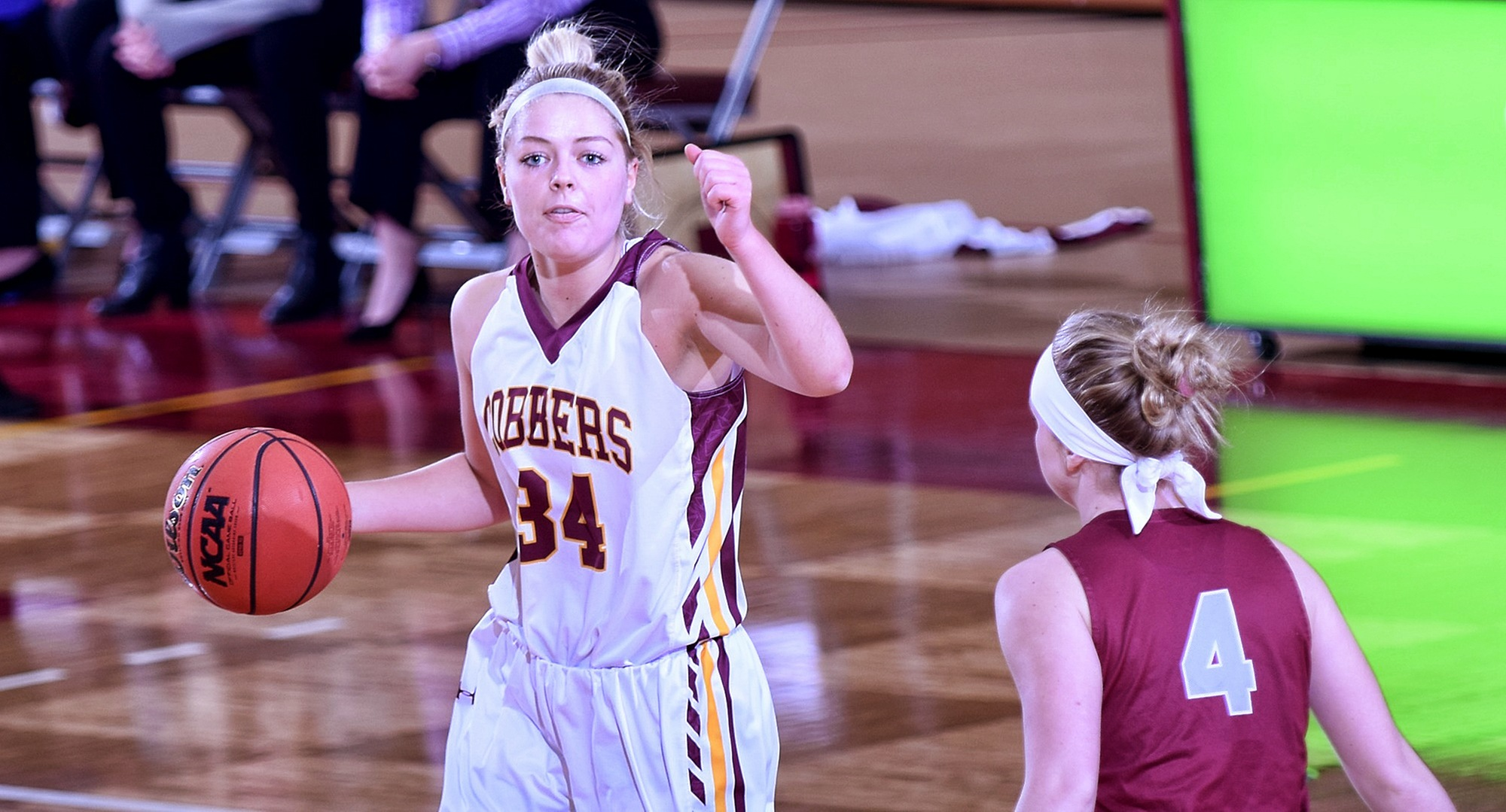 Senior Grace Wolhowe scored eight of her team-high 13 points in the second half to help Concordia beat Hamline 54-50.