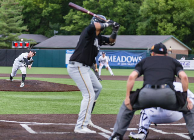 Rascals Drop Middle Game To Miners