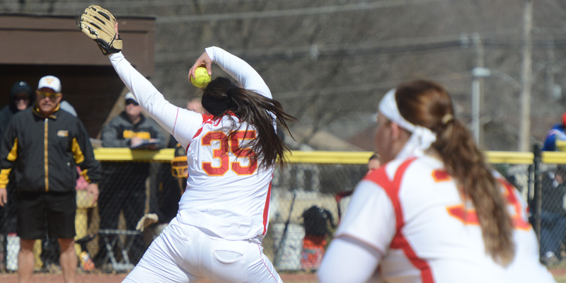 Storm come up short in doubleheader at No. 4 Luther
