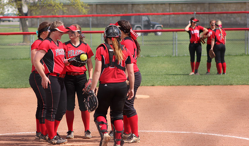 Sophomore Day Split For Lady Pirates