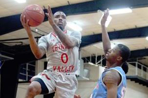 FEELING JOLLY: Tyson Jolly scores 33 in 89-59 rout of AC