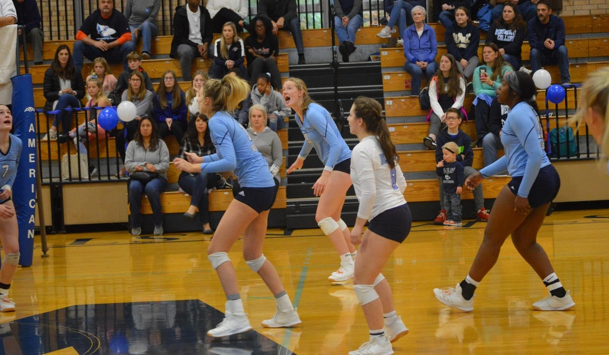 Westminster Volleyball Extends Winning Streak to Six