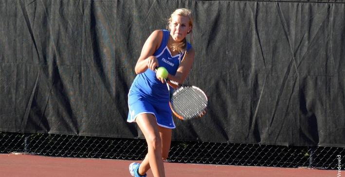 Women's Tennis falls to Carroll