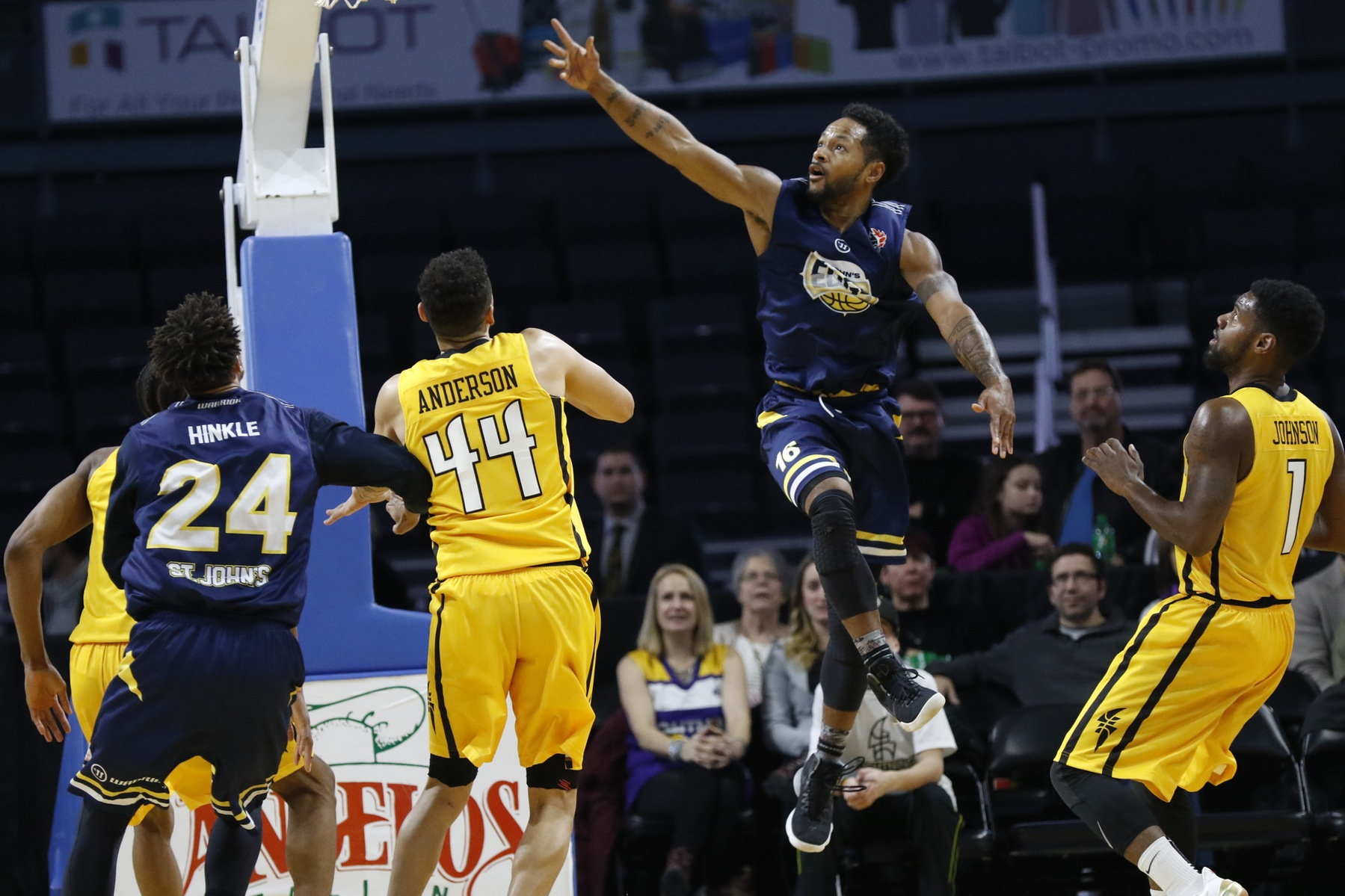 Edge Drop Final Game of 2017 to the London Lightning