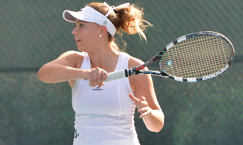 WOMEN'S TENNIS FALLS AT SAINT MARY'S