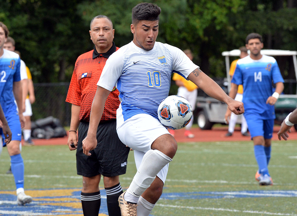 Men's Soccer Shut Out by WPI