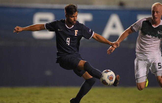 Goni's Late Heroics Earns Fullerton a Draw Against UCR