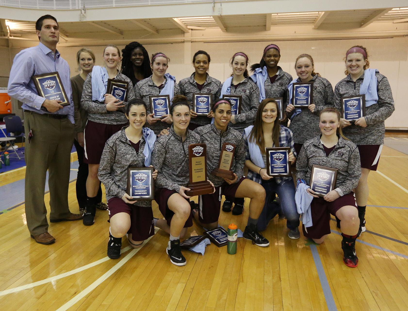 Albany Pharmacy Holds off CNR to Win Women's Basketball Championship