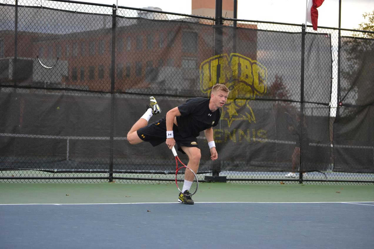 Men's Tennis Extends Win Streak to Four With Shutout of Howard