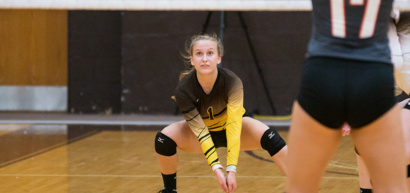 Sophomore defensive specialist Sarah Reinhard broke a personal record with four service aces in the match against Muskingum (Photo courtesy of Jesse Kucewicz)