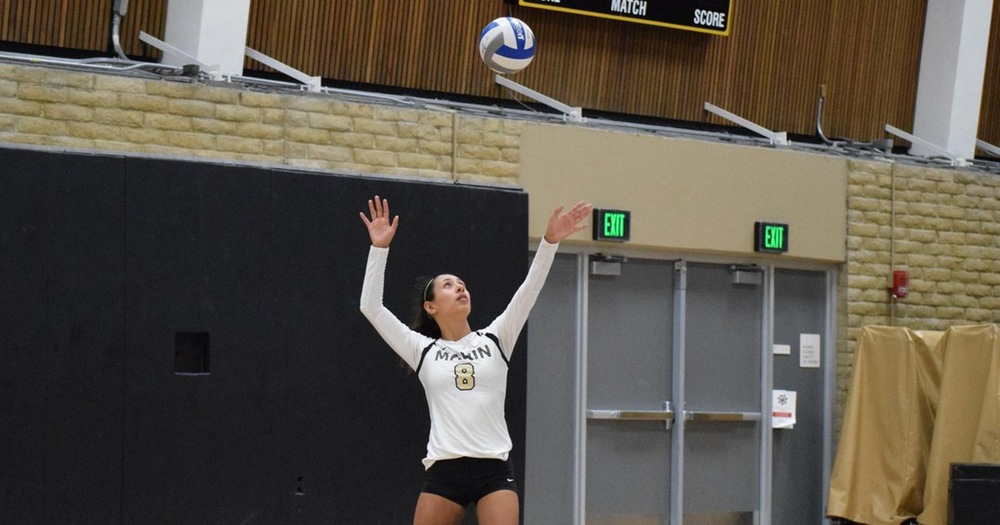 Mariners' Volleyball Rallies Over Alameda For 3-1 Victory