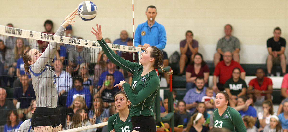 Volleyball team posts sweep of Cobleskill en route to 3-0 win