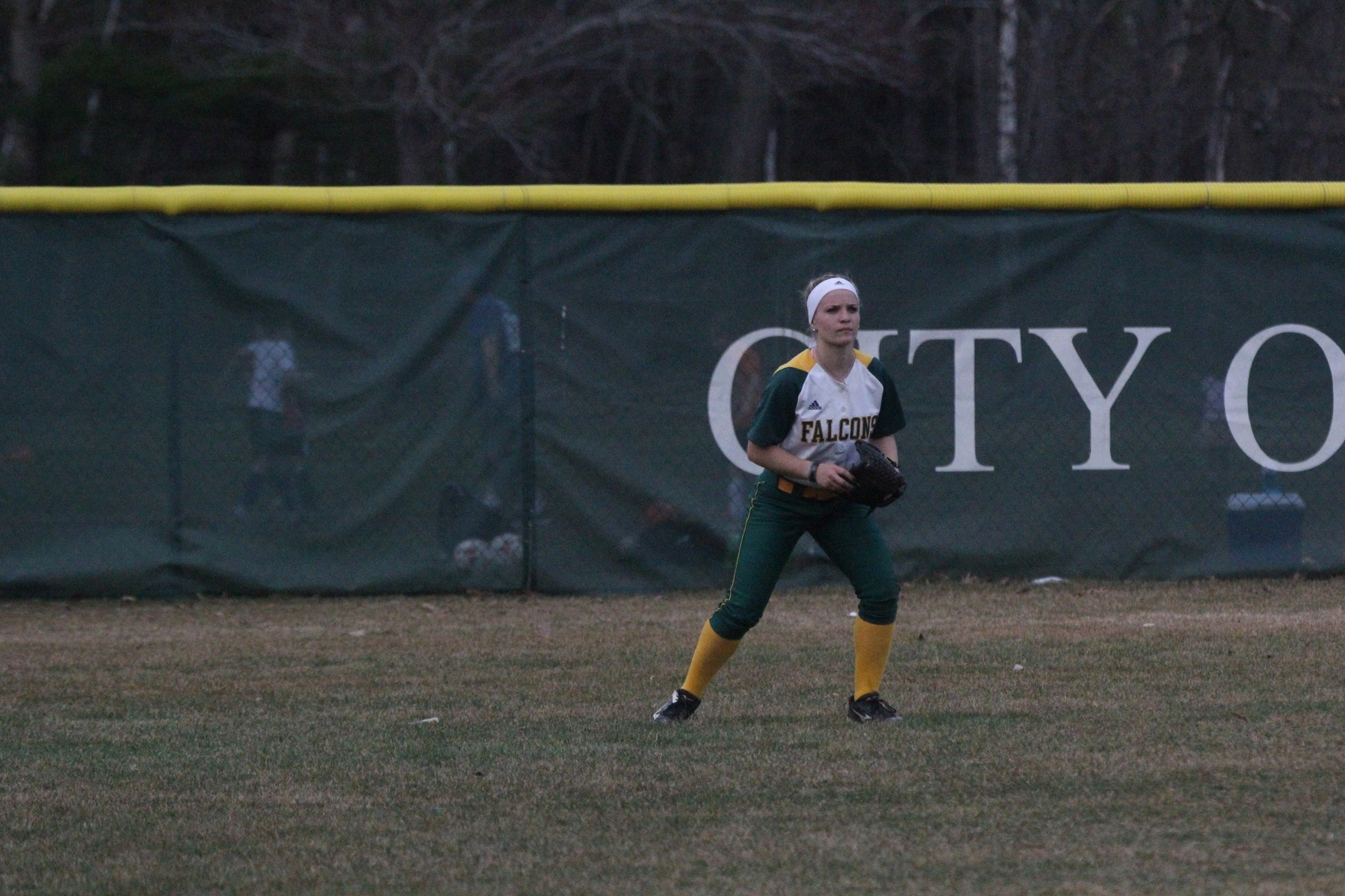 Softball Earns Split with Plymouth State University