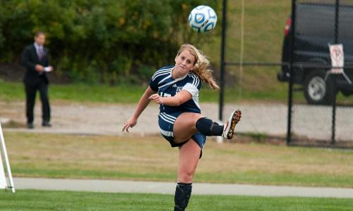Women's Soccer Wrap Up Regular Season With Victory