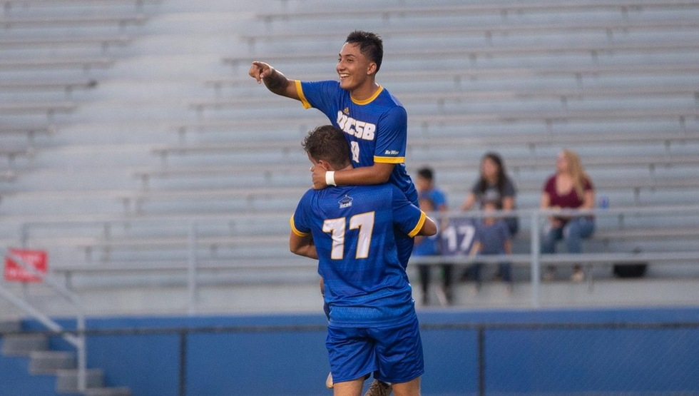 UCSB Tops UC Riverside 3-1 for Vom Steeg's 250th Career Win