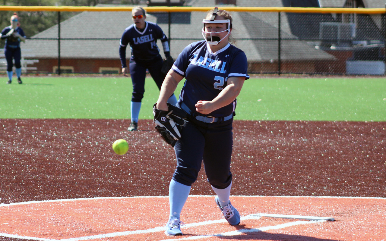 Lasell Softball wraps up regular season with GNAC sweep of Regis