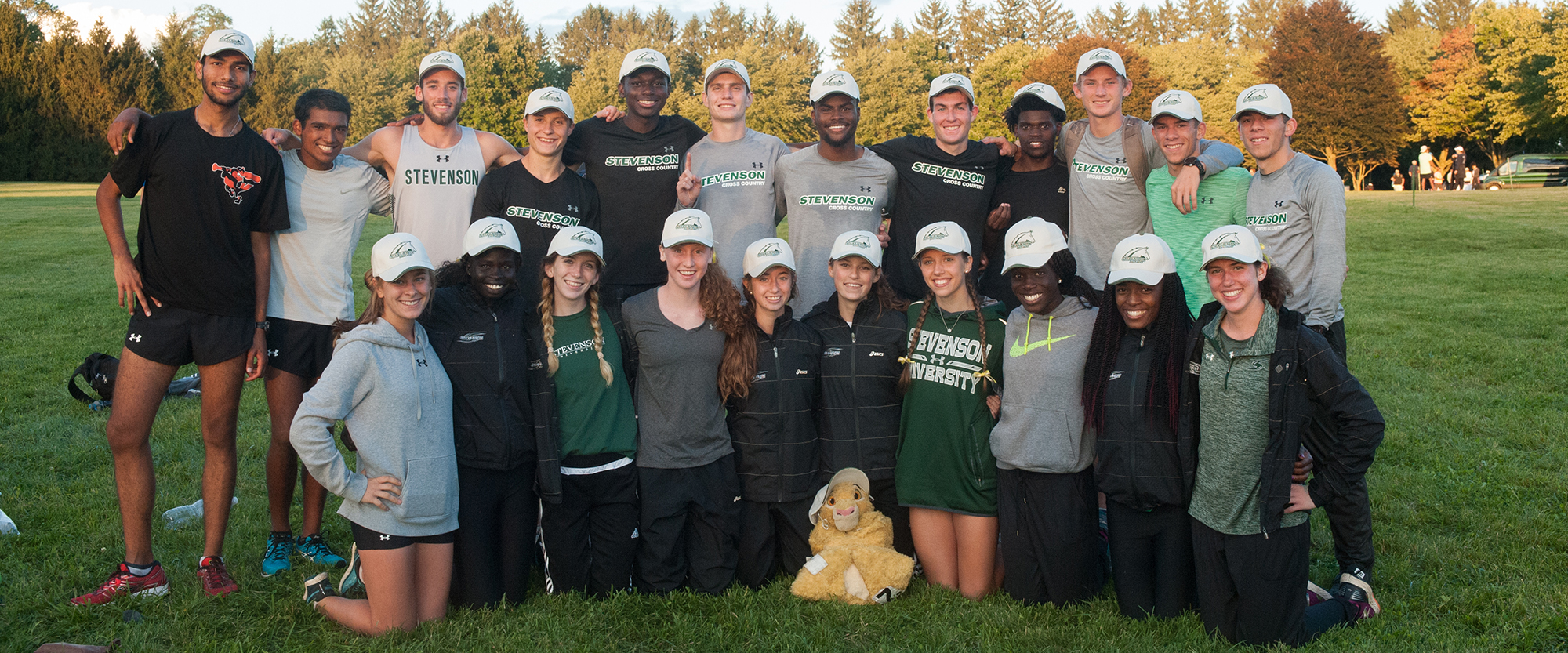 Cross Country Teams Honored for Classroom Work by USTFCCCA