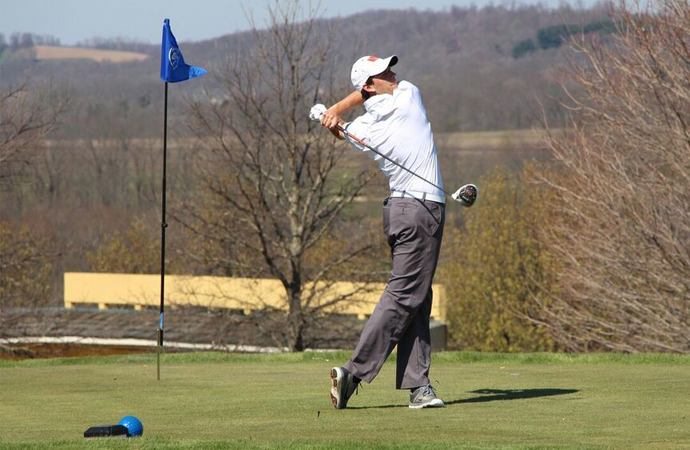 Wardley's 74 Bests Oilers in Day 1 at GLIAC Championship