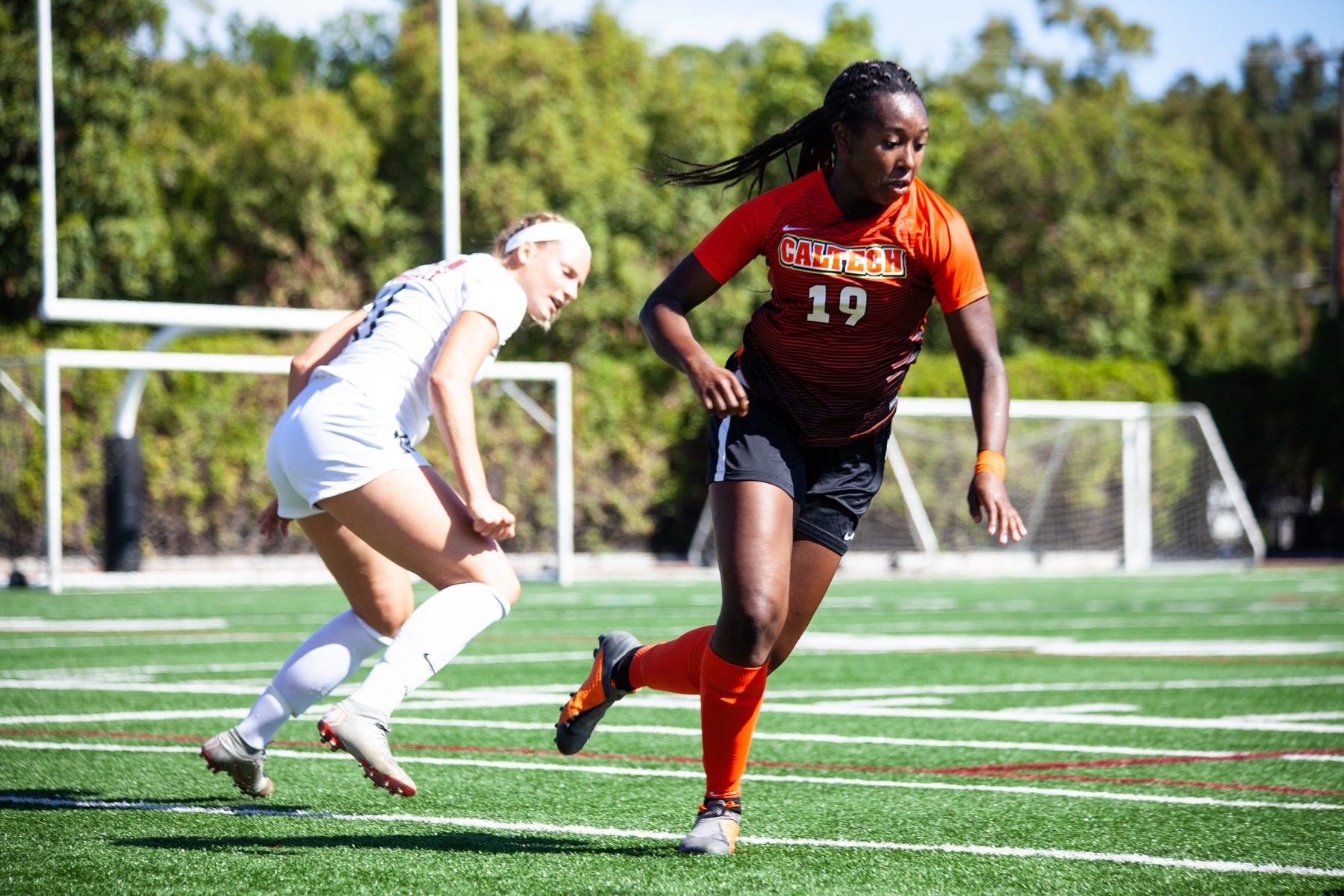Women's Soccer Steps Up Against SCIAC Leader No. 9 Pomona-Pitzer