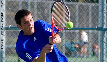 Men's Tennis Splits Opening Matches