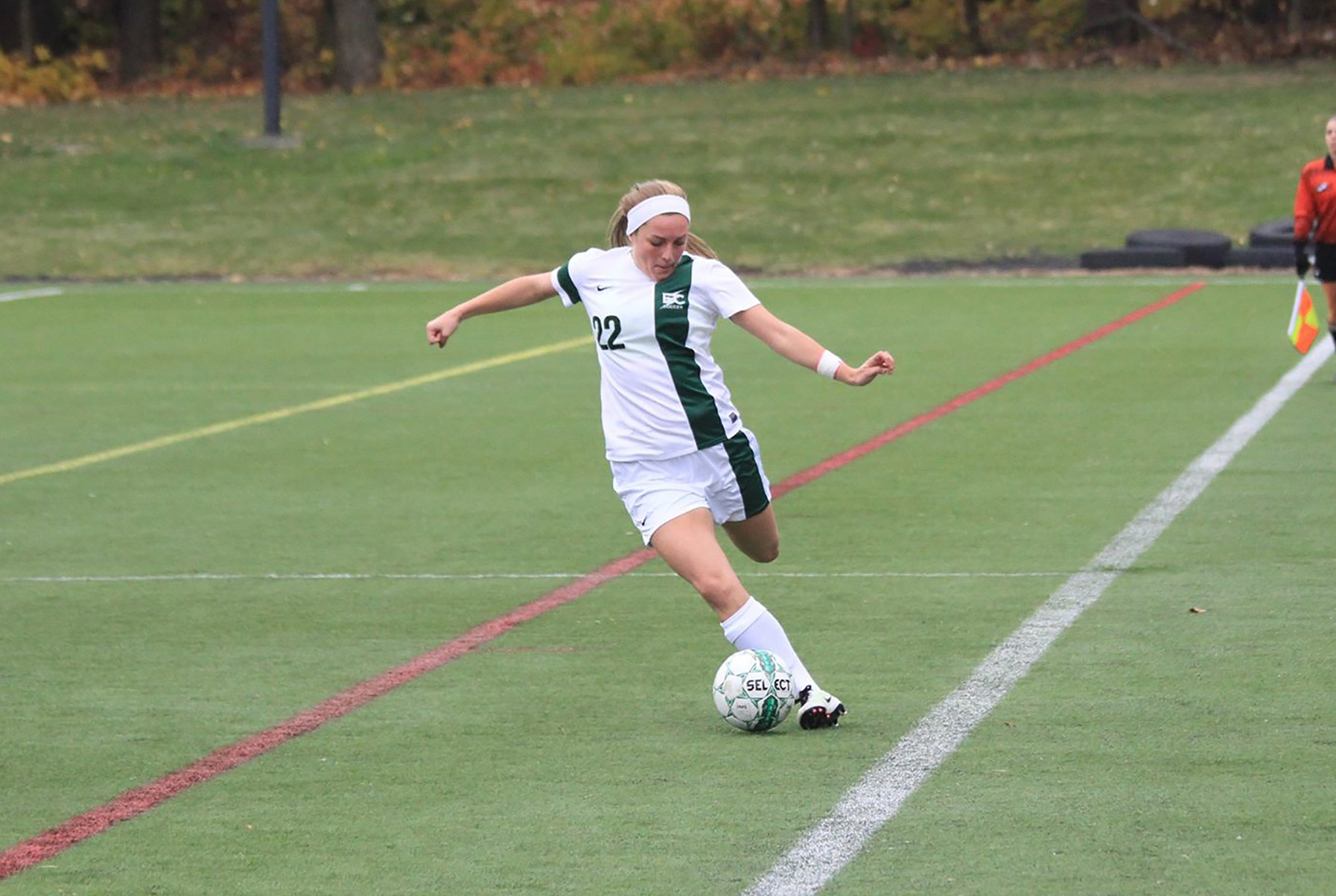 Women's Soccer Edges Southern Vermont In NECC Semifinals