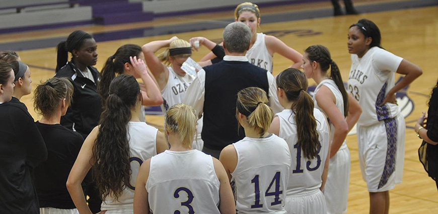 Mary Hardin-Baylor Picks Up 85-57 Win Over Lady Eagles