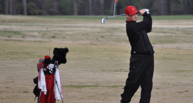 Hornet Golfers Shoot 300 at Camp LeJeune