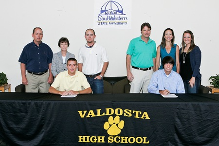 Valdosta's Moore, Cangelosi sign with Georgia Southwestern