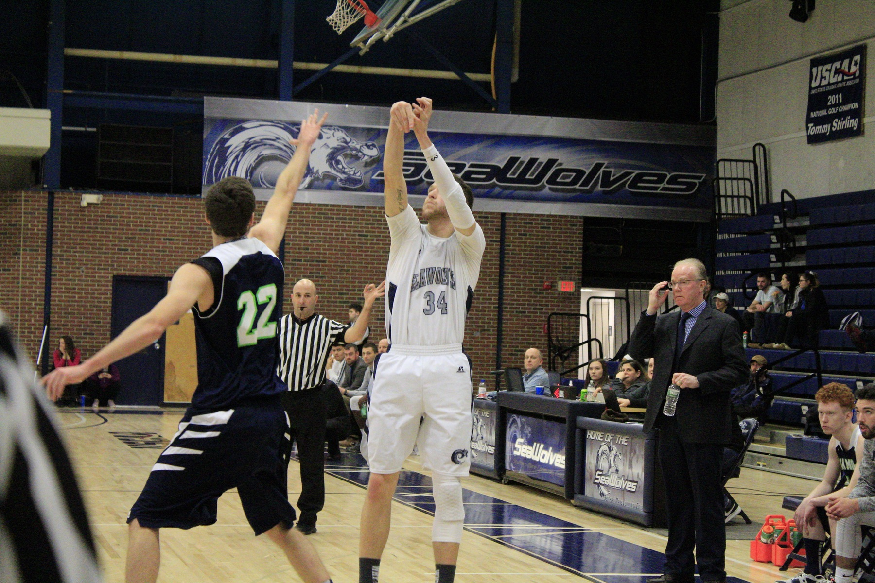 Cloutier Becomes 19th Player To Reach 1,000, SeaWolves Down Moose 75-58