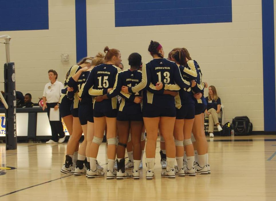 Lady Wildcats Earn Split in Home Tri-Match