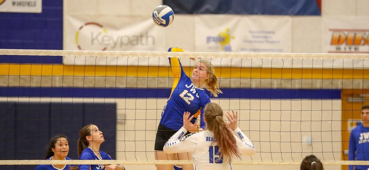 No. 10 Women's Volleyball Team Improves to 30-0 With Sweep of Mount Ida