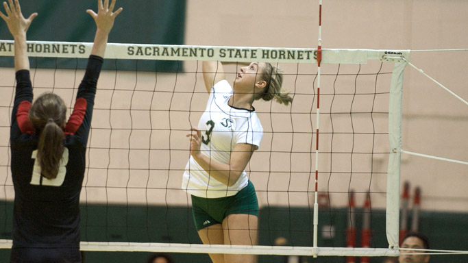 HOME COURT KIND AGAIN AS VOLLEYBALL BEATS EASTERN WASHINGTON