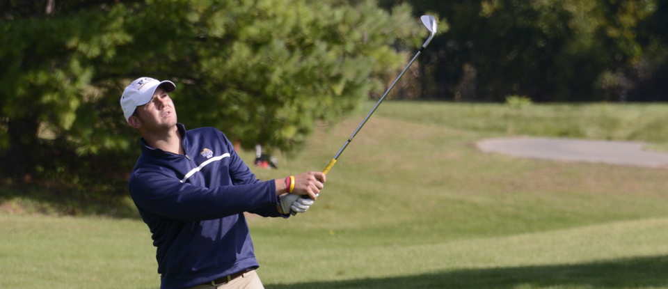 Consistent Rounds Lead Men's Golf to Second-Place Finish at Manchester