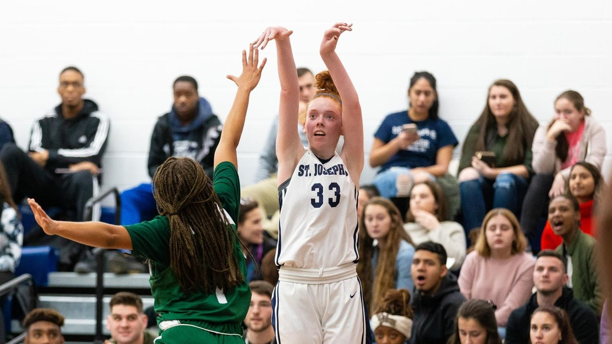Six Bears Reach Double-Figures as Women's Basketball Earns Decisive Win Over Yeshiva