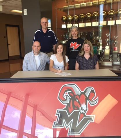 Mt. Vernon's Shalyn Crane will continue Cross Country at Kaskaskia