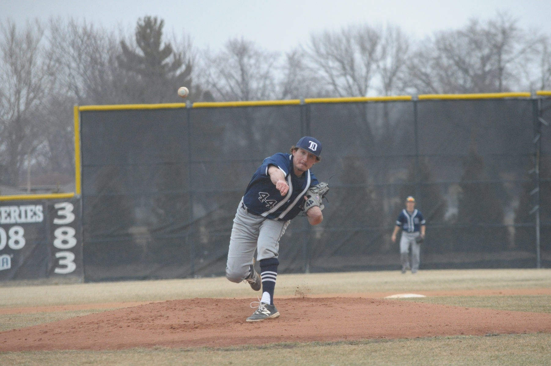 DMACC baseball team splits doubleheader with NIACC