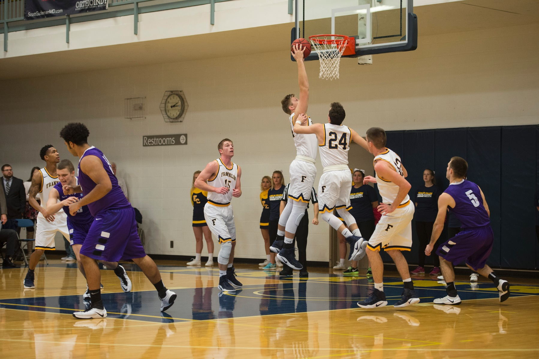 Men's Basketball Team Travels to Hanover on Wednesday