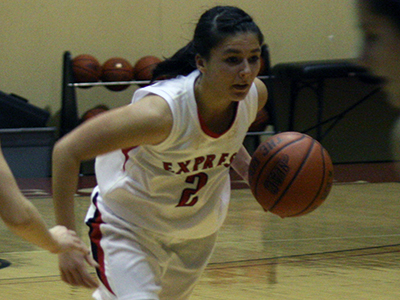 Women's Basketball Dropped By Nazareth, 72-39